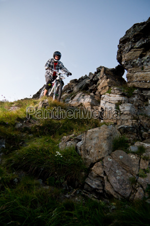 mountain bikers terrain in oberberg