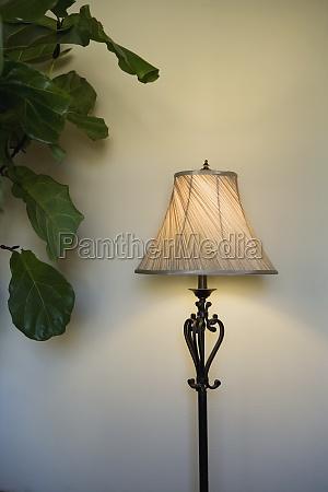 lampara de pie moderna