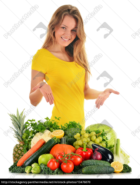 balanced, diet, based, on, raw, organic - 13476070