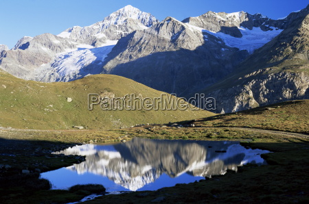 passeio viajar cor montanhas cupula caucasiano