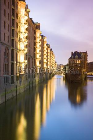 ponte reflexao alemanha hamburgo ao ar