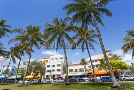 ocean drive and art deco architecture