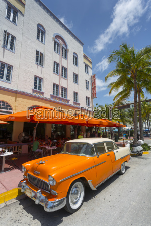 vintage cab on ocean drive south