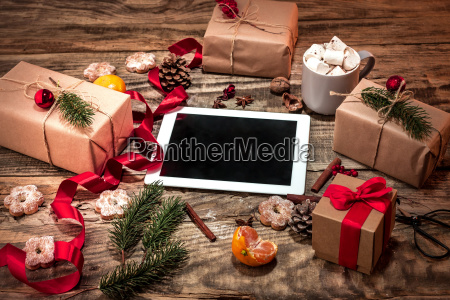the winter composition the gifts and