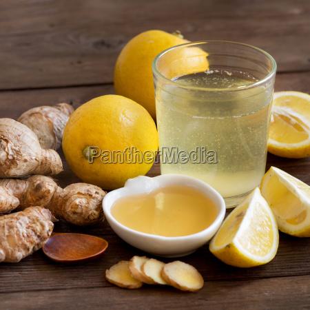 honey lemon and ginger tonic