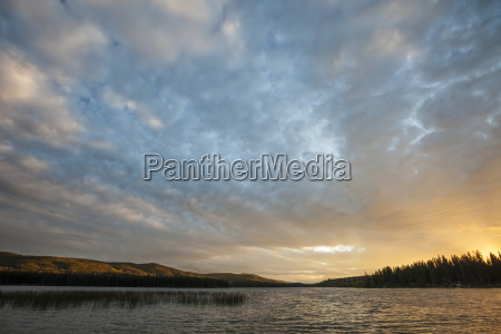 scenic view of lac le jeune